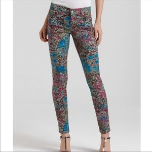7FAM gray abstract floral skinny jeans